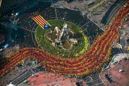 BARCELONA. 11.09.2014 Onze de setembre Diada v Via Catalana. FOTO FERRAN SENDRA